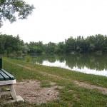 jezero-klupa